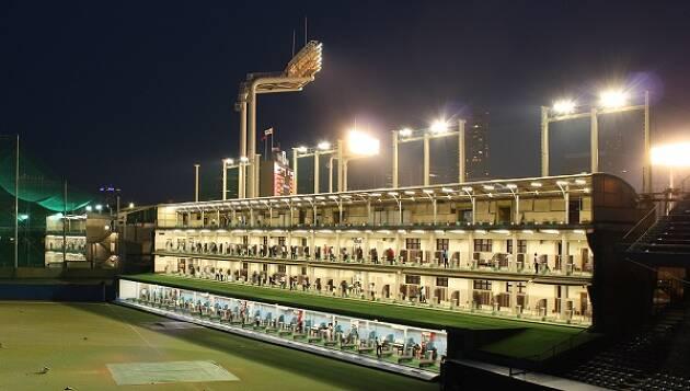 どこからでもアクセス便利、明治神宮外苑ゴルフ練習場(新宿区)