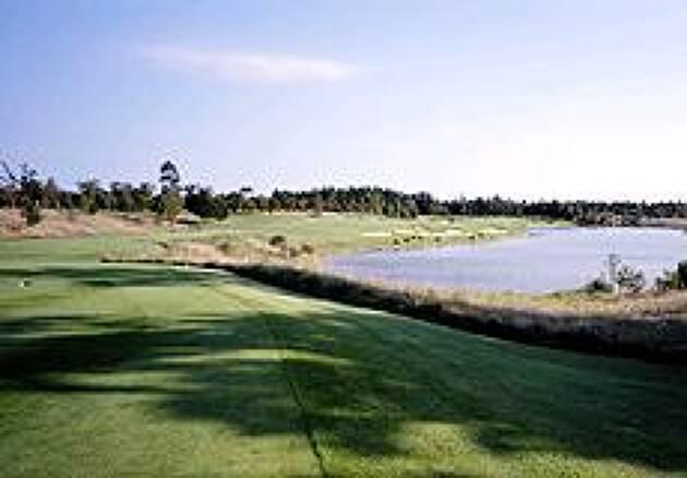 コンセプトは0番ホール「石岡ゴルフ倶楽部」