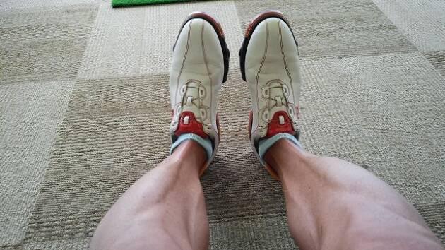 足の力は、スイングの要です