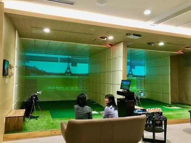場所はオシャレな恵比寿♡ キレイなゴルフスタジオです♡