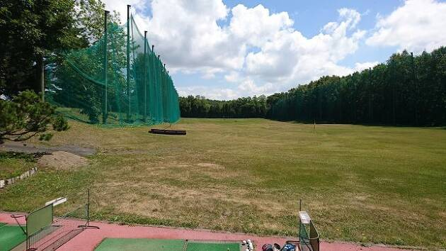 北海道のコースらしく、練習場も広々として、伸び伸びと打てます!