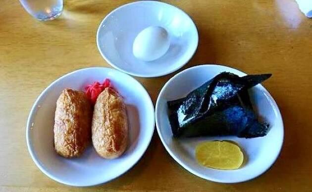 北海道「クラークカントリークラブ」の茶店でご飯をいただきました」