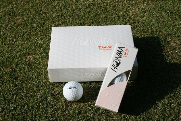 本間ゴルフからツアー系ボール「TW-X」が発売されました!