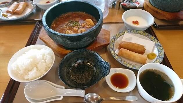 埼玉県、名門「嵐山カントリークラブ」のおすすめメニューは熱々の麻婆豆腐!
