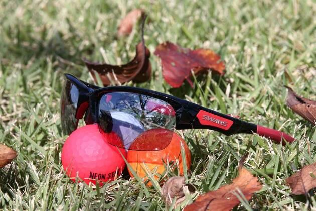 ゴルフ用サングラス『ULTRA LENS for GOLF』ならボールの視認性が高くなります!