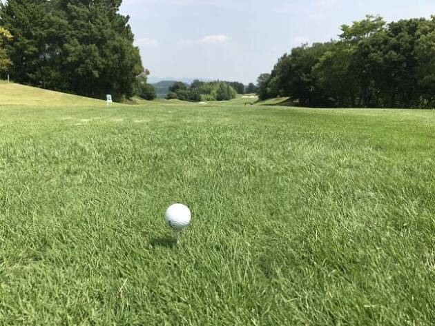ゴルフの一人予約ができるサイト「アコーディア」