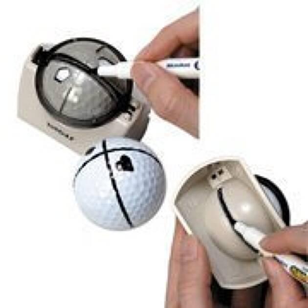 パターラインの合わせ方1:ボールに線を引く