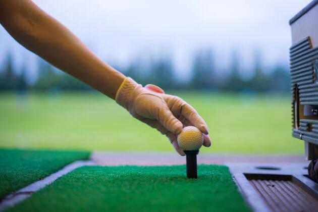 右打ちゴルファーが左打ちの練習をするとどんな効果がある!?