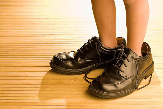 サイズの合わない靴を履く弊害