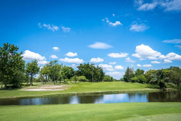月例に申し込みをしたら後はゴルフ場へ行くだけ!