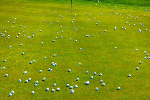 新品ゴルフボールに比べてロストボールの性能の違いは?
