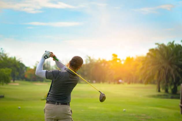 初心者にとってゴルフ合宿のメリットは?