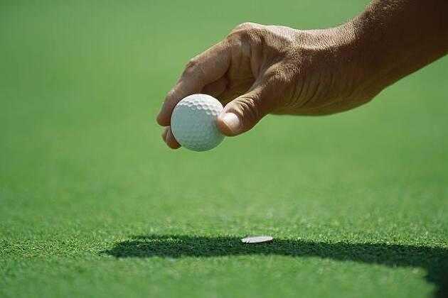 案外お値打ちに製作可能。オリジナルゴルフマーカーはいかが?