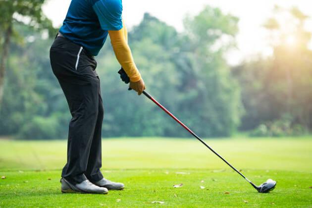 ゴルフが久しぶりという人でも、それなりの腕前であれば、普通のショットは何とかなるでしょう!