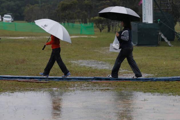 雨ゴルフには防水靴下で完全ガード! DexShellのここがすごいぞ