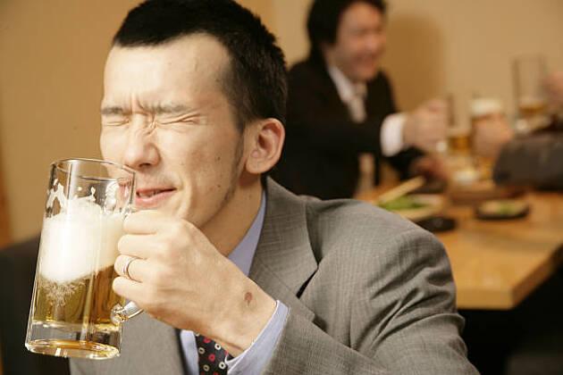 ゴルフ中のお酒は飲まない派! 動きたくなくなる