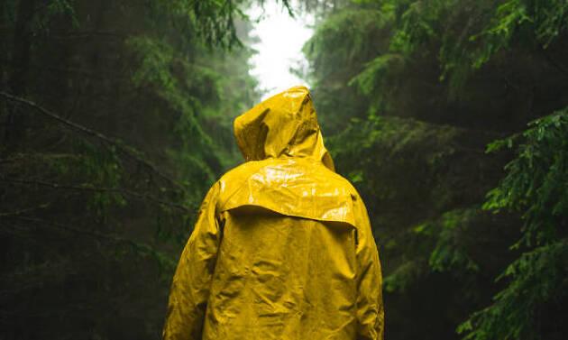 雨の日のラウンドで準備するもの