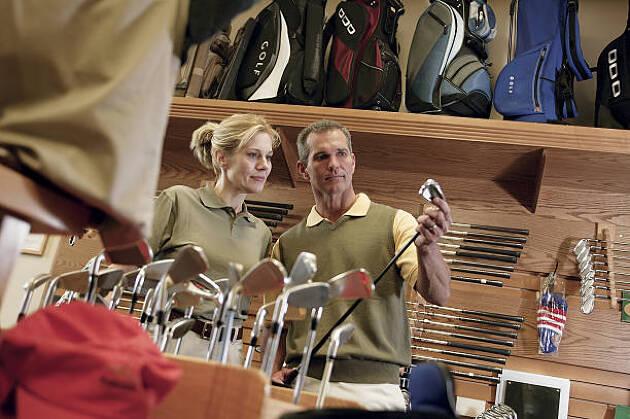 ちゃんとゴルフを始めるならゴルフショップへ