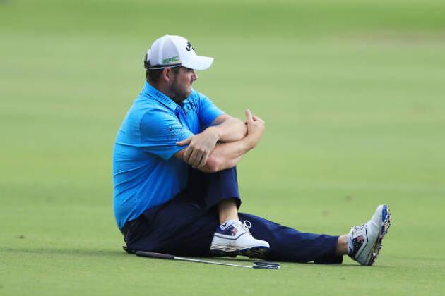 ポイント1.ゴルフは体を痛めやすいからストレッチは入念に