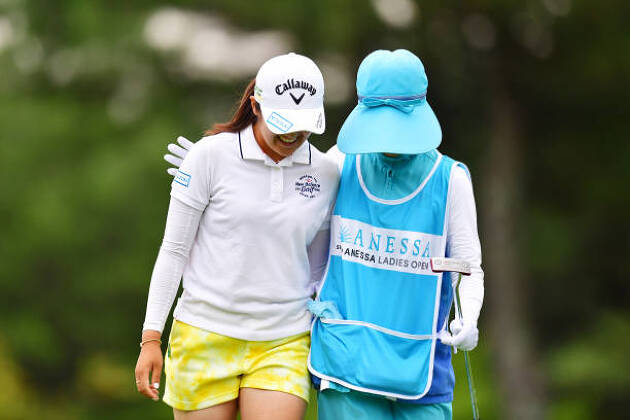 初心者ゴルファーにとってキャディさんは優しい先生