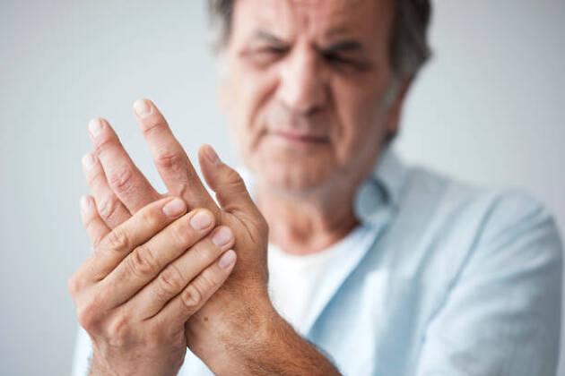 指が痛くなったときはどうすれば良いの?