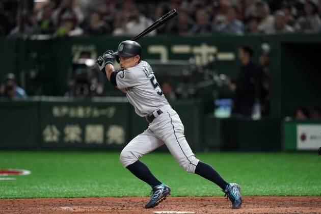 左打ちを野球スイングに例えるなら……