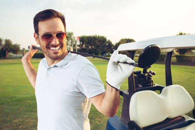 若者がゴルフをやらない理由