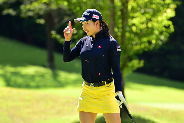 小祝さくらが圧巻のゴルフで首位を独走!