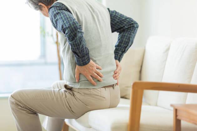 ゴルファーに多い腰痛のストレッチ