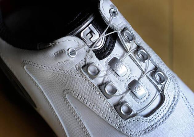 靴紐? Boa?