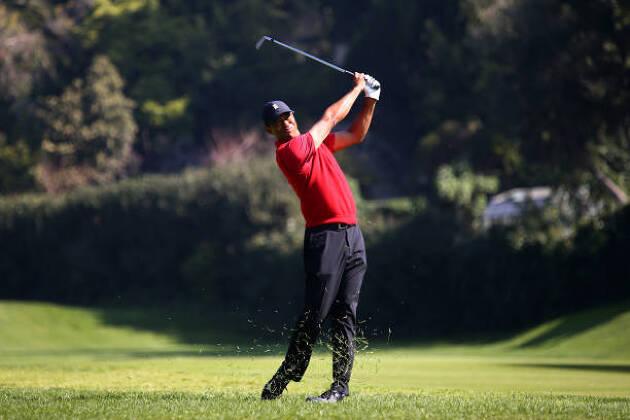 ゴルフウェアの色彩を考えてみよう!