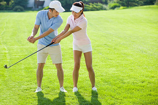 軸の安定や、視線の固定と体重移動は対極?