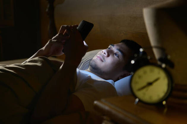 夜勤務が続き、やがて不眠症に